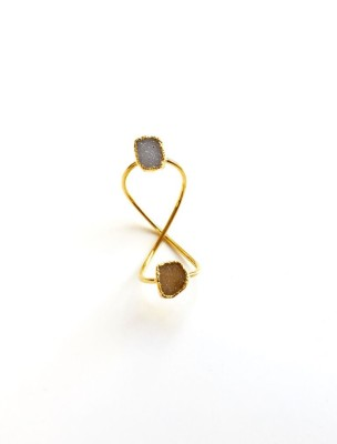 Gray_Cha Twisted Ring
