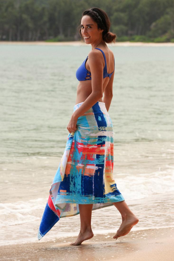0616f81ea0 ... Simple Sarongs Watercolor Cover-up Sarong.  IMG_1345Melinda-Pike-Photoside
